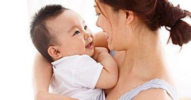 Mơ thấy ẵm em bé là điềm báo gì, đánh con đề nào?