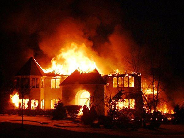 Mơ thấy nhà cháy là điềm gì, ghi con lô nào chuẩn nhất?