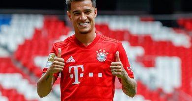 """Tin bóng đá tối 17/4: HLV Setien lên tiếng, Coutinho vẫn """"có cửa"""" ở Barca"""