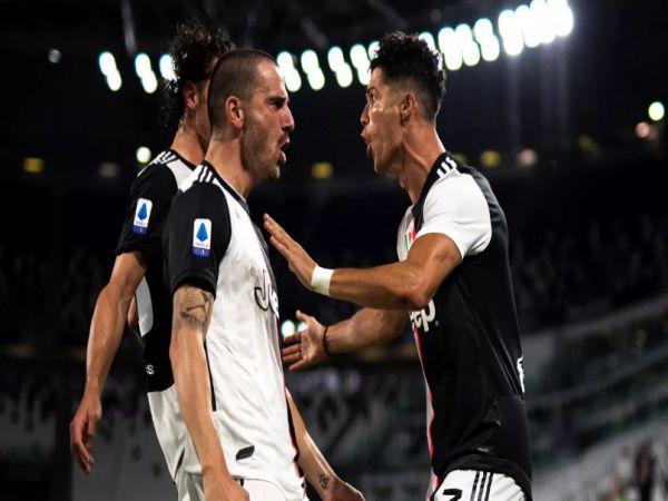 Juventus tăng tốc tới Thiên đường thứ 9