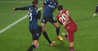 Tin bóng đá QT 26/11: Liverpool thua Atalanta 0-2 tại Anfield