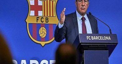 Tin thể thao 17/8: Chủ tịch Barca công khai tài chính hiện tại